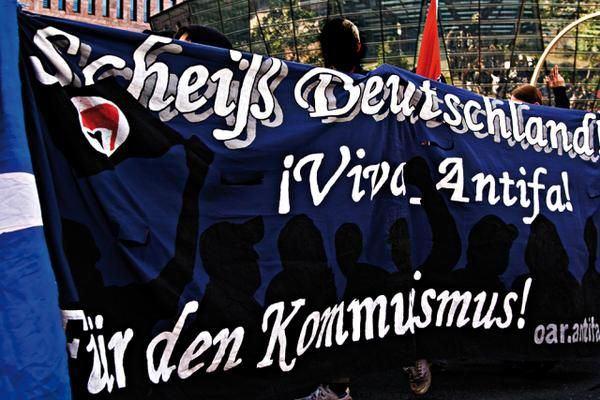 scheiß deutschland viva antifa